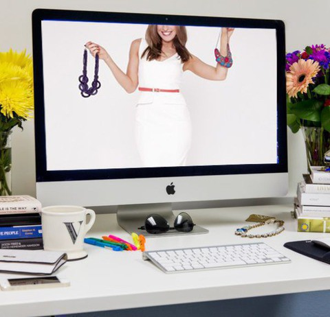 Предимства на пазаруването на дамски дрехи онлайн